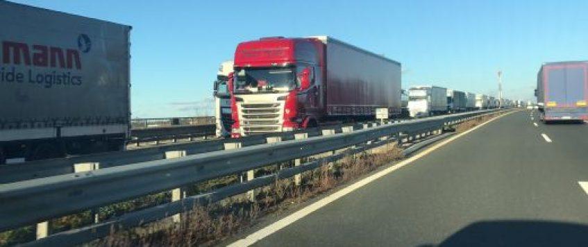 Poziv za zaščito delavcev v tovornem prometu